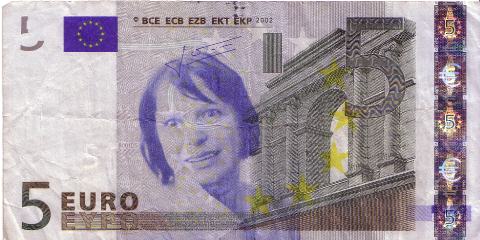 05-FACETHEEURO-X16178103479