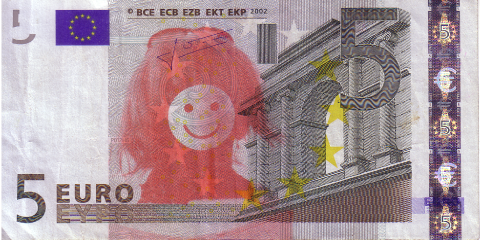 05-FACETHEEURO-X25477847318