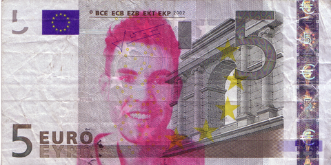 05-FACETHEEURO-X28509221207